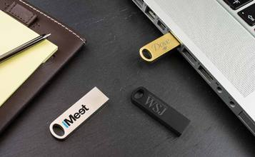 http://static.flash-drives.com/images/products/Focus/Focus0.jpg
